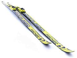 skate skis