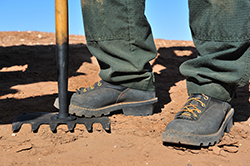 worker wearing composite toe work boots